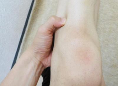 足三里の指圧