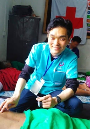 ボランティア風景 海外 鍼灸師